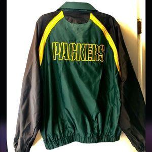 NFL GREENBAY PACKERS LIGHT WIND/RAIN JACKET